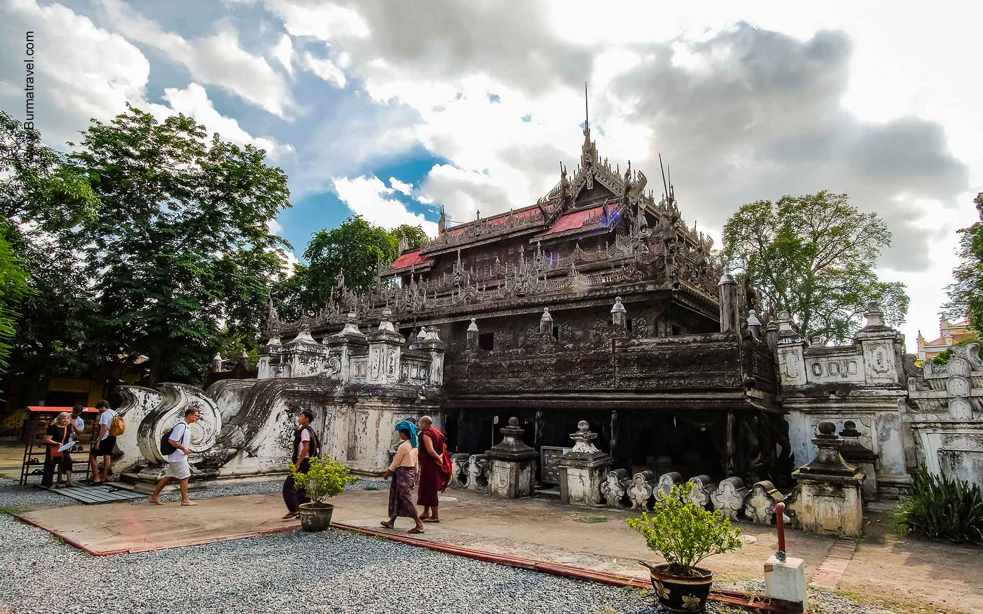 Golden Palace Monastery - Attractions in Mandalay